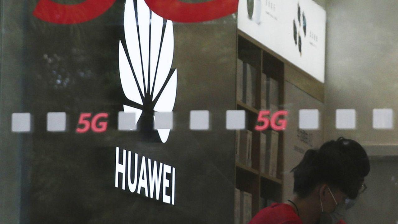 En janvier, Huawei avait été autorisé à participer au marché britannique de la 5G, mais selon certaines conditions.