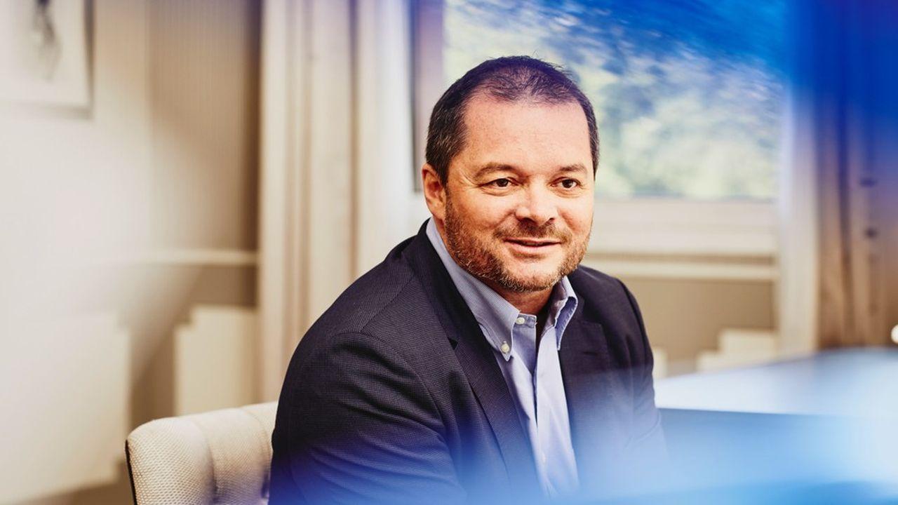 A 50 ans, dont plus de la moitié hors de France, le Franco-Australien Frank Ribuot prend la tête de la filiale française du géant des ressources humaines.