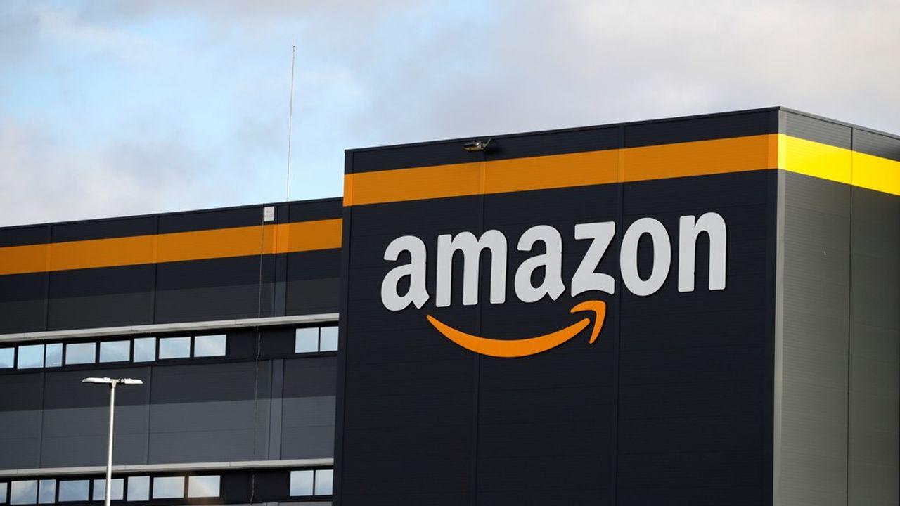 Pour faire face à l'afflux de commandes, Amazon a embauché à tour de bras: 80.000 nouveaux salariés en mars, 95.000 en avril.