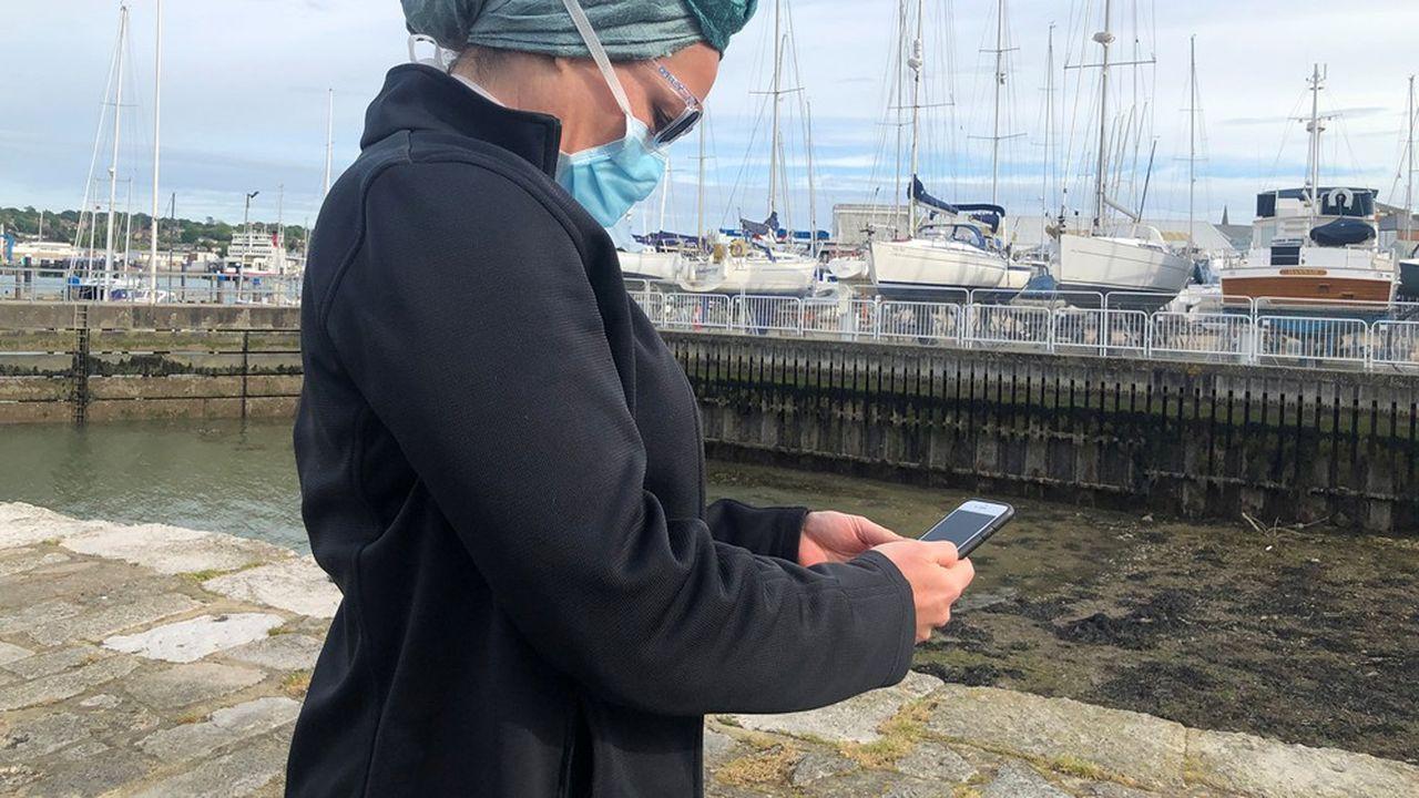 Le projet pilote d'appli mobile de l'île de Wight a montré que c'est probablement une erreur de lancer l'application avant que le public se soit familiarisé avec l'idée d'un traçage.
