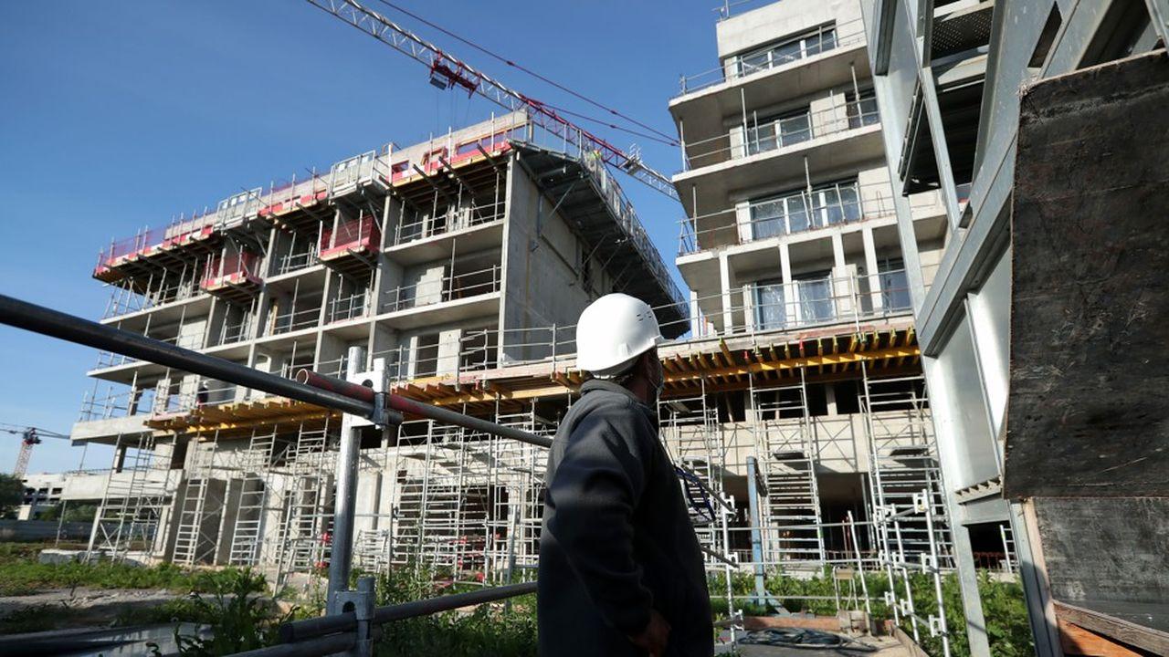 Sur un chantier de construction à Montevrain, en région parisienne, le 12mai, juste après la levée du confinement.