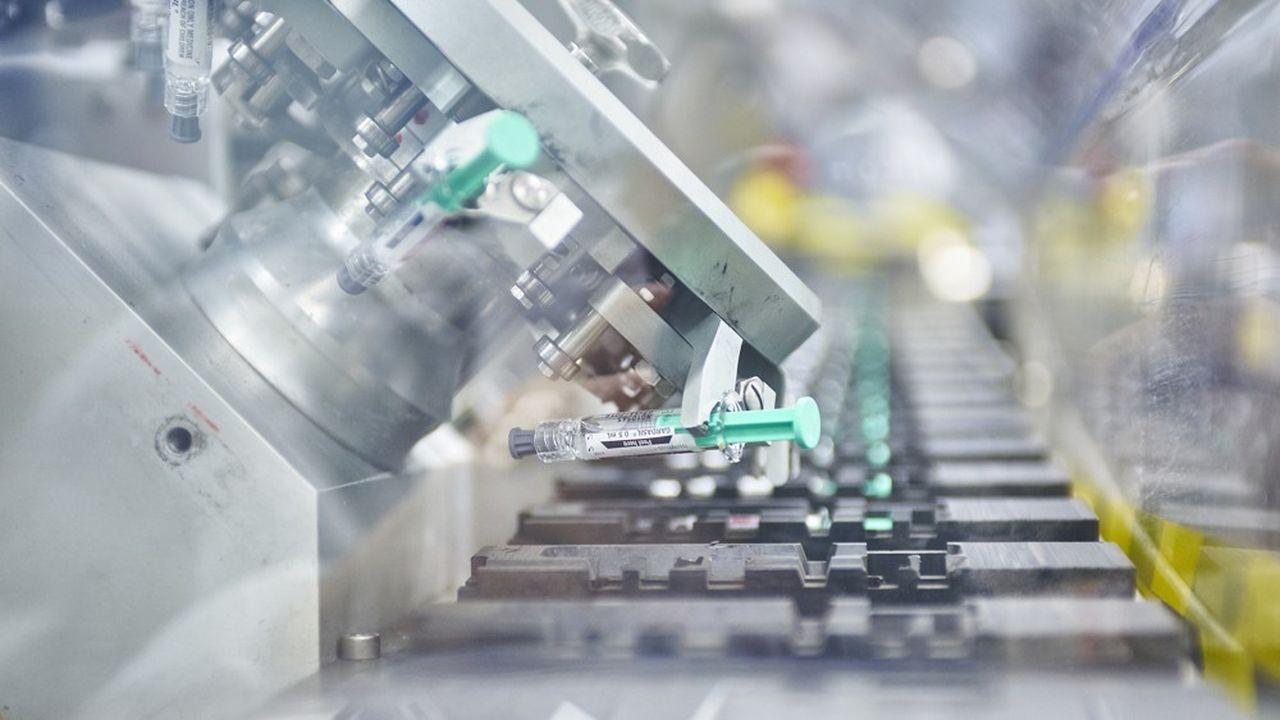 Si le vaccin est un succès, la production commerciale sera réalisée en Europe et aux Etats-Unis par Merck MSD, mais aussi sous traitée, si nécessaire, pour un approvisionnement mondial.