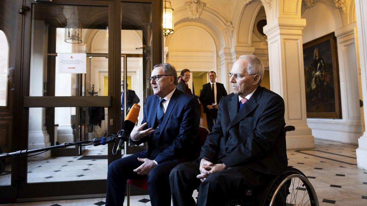 Les présidents du Bundestag, Wolfgang Schauble, et de l'assemblée nationale, Richard Ferrand, appelle à la réouverture des frontières européennes «dès que les conditions seront réunies»
