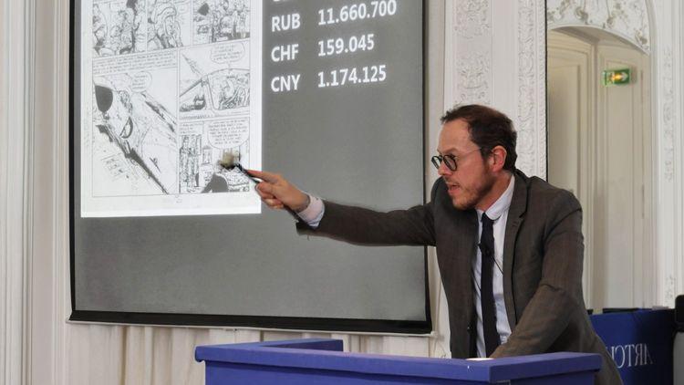 Arnaud Oliveux adjugeant une planche de Tanguy et Laverdure, Tome 4, le 26mai 2020, à 150 000 euros