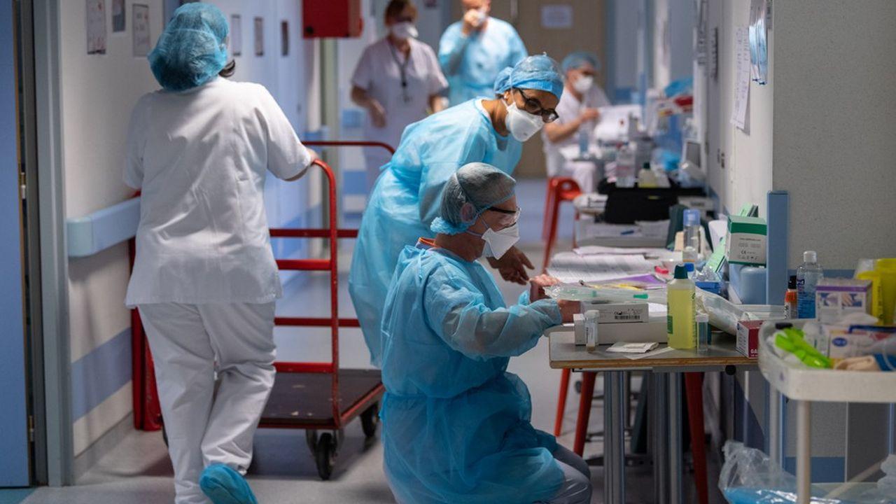 Les patients atteints du Covid-19 occupent ce mercredi28% de la capacité de lits en réanimation.
