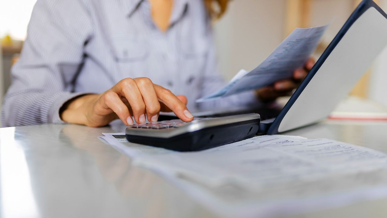 Plus les temps sont difficiles, plus les épargnants sont attentifs aux différents types de frais prélevés par les intermédiaires et gérants de produits financiers.