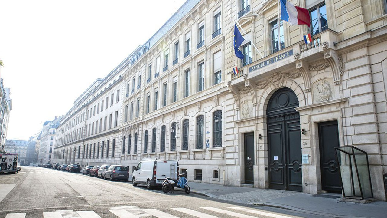 Le gouverneur de la Banque de France préside l'Autorité de contrôle prudentiel et de résolution (ACPR).