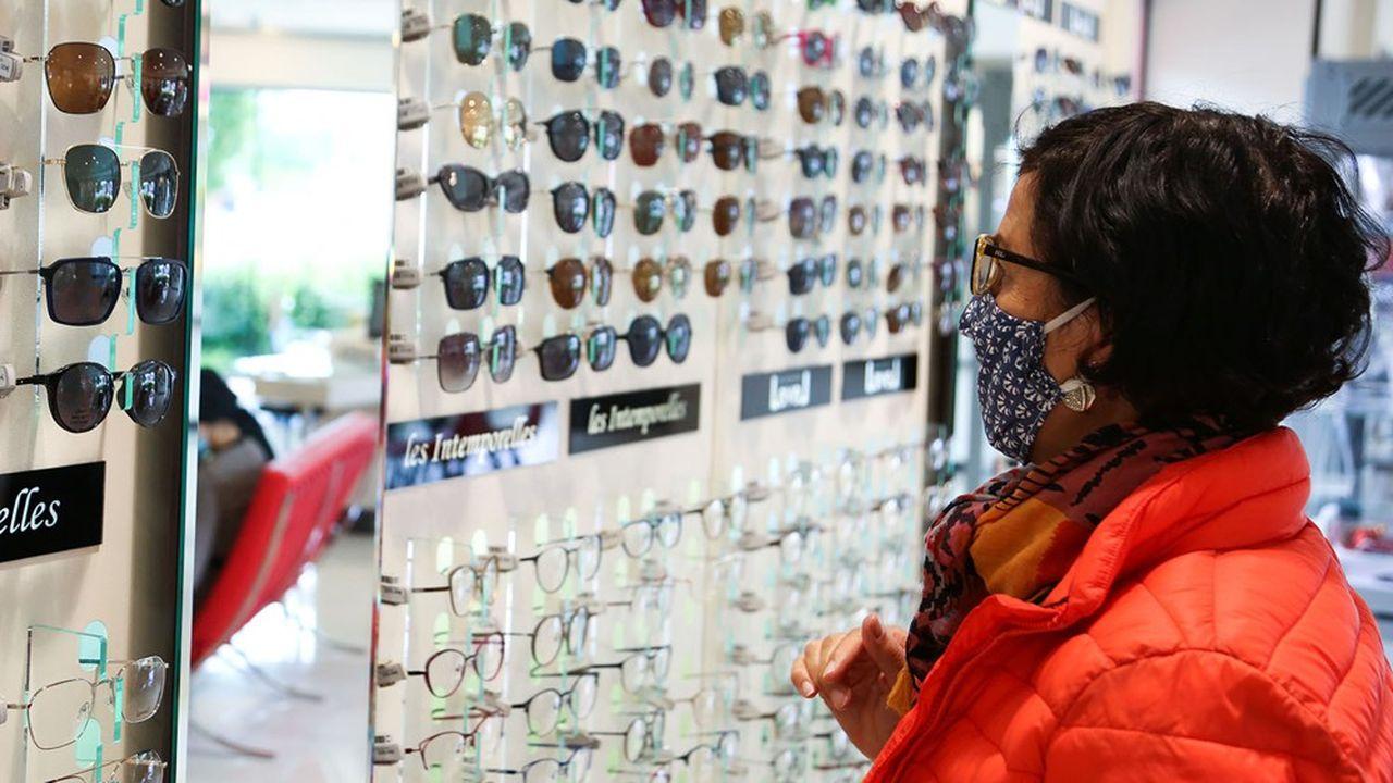 85% des Français comptent maintenir leur projet et leur budget d'achat en optique, selon une enquête d'Opinion Way