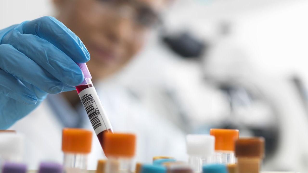 Les textes publiés ce jeudi confirment la prise en charge par l'Assurance maladie des tests dans les cas de figure recommandés par la Haute autorité de santé