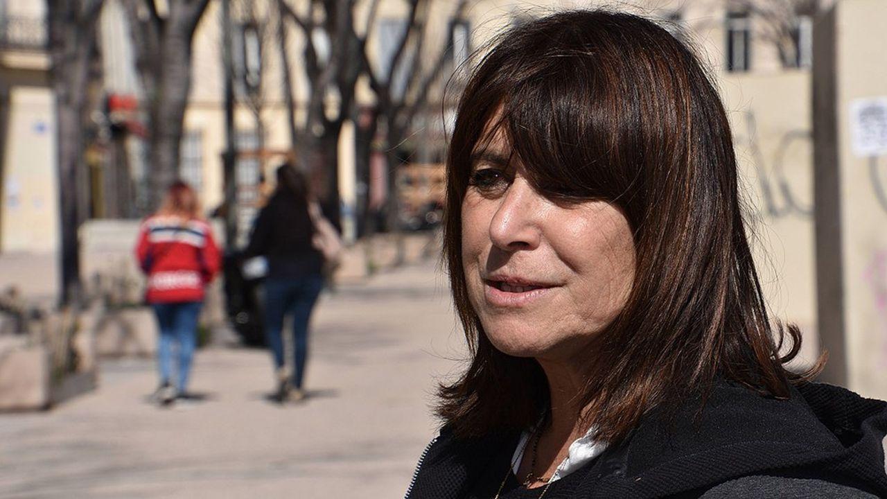 Michèle Rubirola, qui mène une liste d'union de la gauche réunissant socialistes, communistes et collectifs citoyens, est arrivée en tête aux municipales à Marseille.