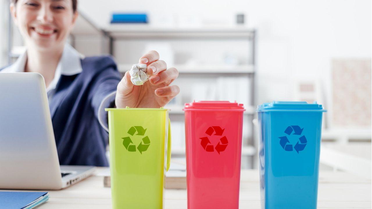 Enedis_TE_LESECHOS_Allier recyclage et insertion professionnelle, le défi relevé par Les Joyeux Recycleurs_SHUTTERSTOCK.jpg