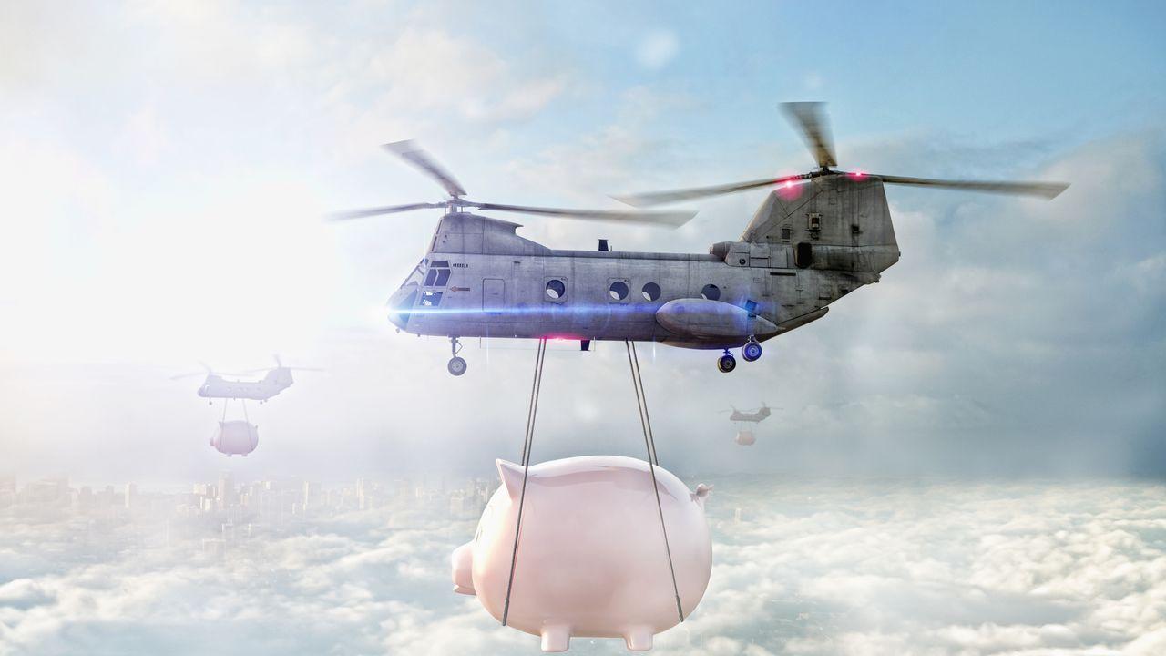 """""""L'hélicoptère monétaire"""" : distribuer l'argent est-il la bonne réponse à la crise ?"""