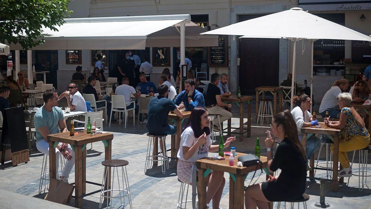 Les cafés, bars et restaurants pourront enfin lever leurs rideaux de fer le 2juin.