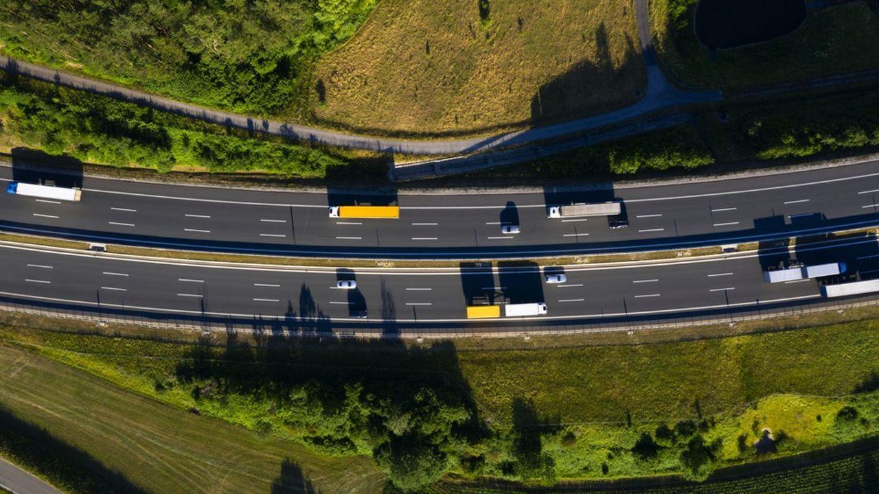 Les acteurs de la logistique ont l'ambition de réduire leurs émissions de gaz à effet de serre (GES) de 30 % à l'horizon 2030.