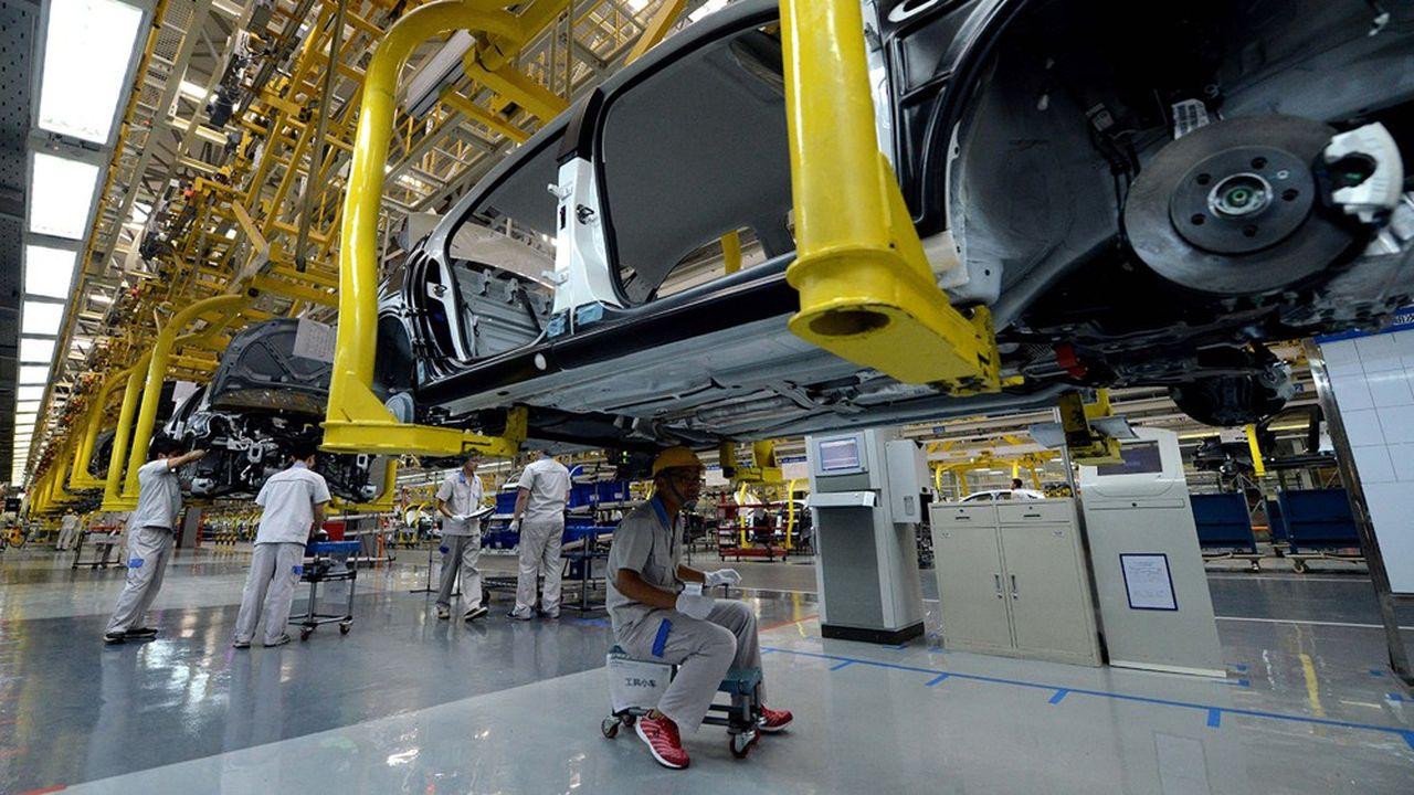Volkswagen est déjà très présent en Chine (ici son usine de Chengdu, dans la province du Sichuan), où il réalise 40% de ses ventes et une part importante de ses profits.
