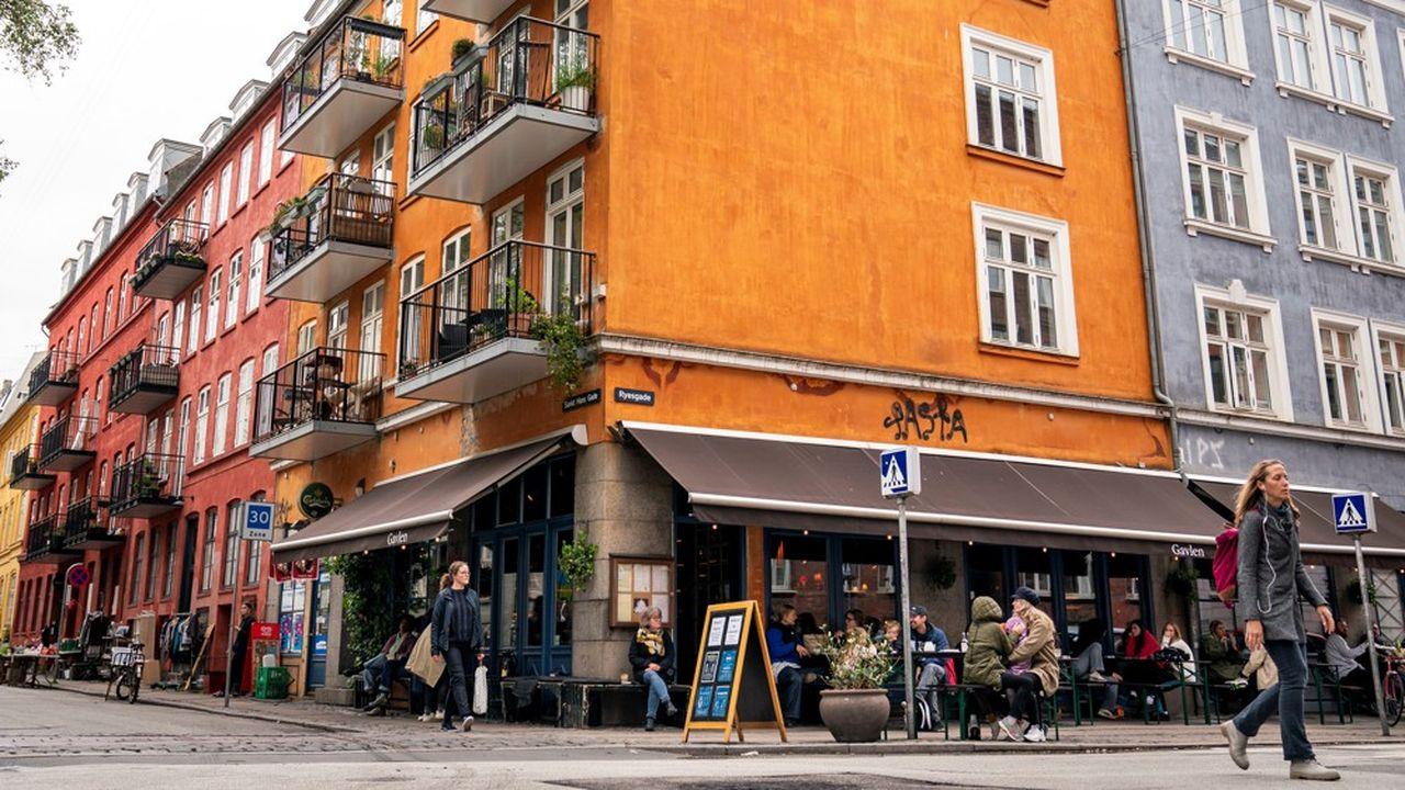 Le Danemark a été l'un des premiers pays d'Europe du nord à se confiner. Il a été aussi l'un des premiers à rouvrir ses commerces et ses écoles.