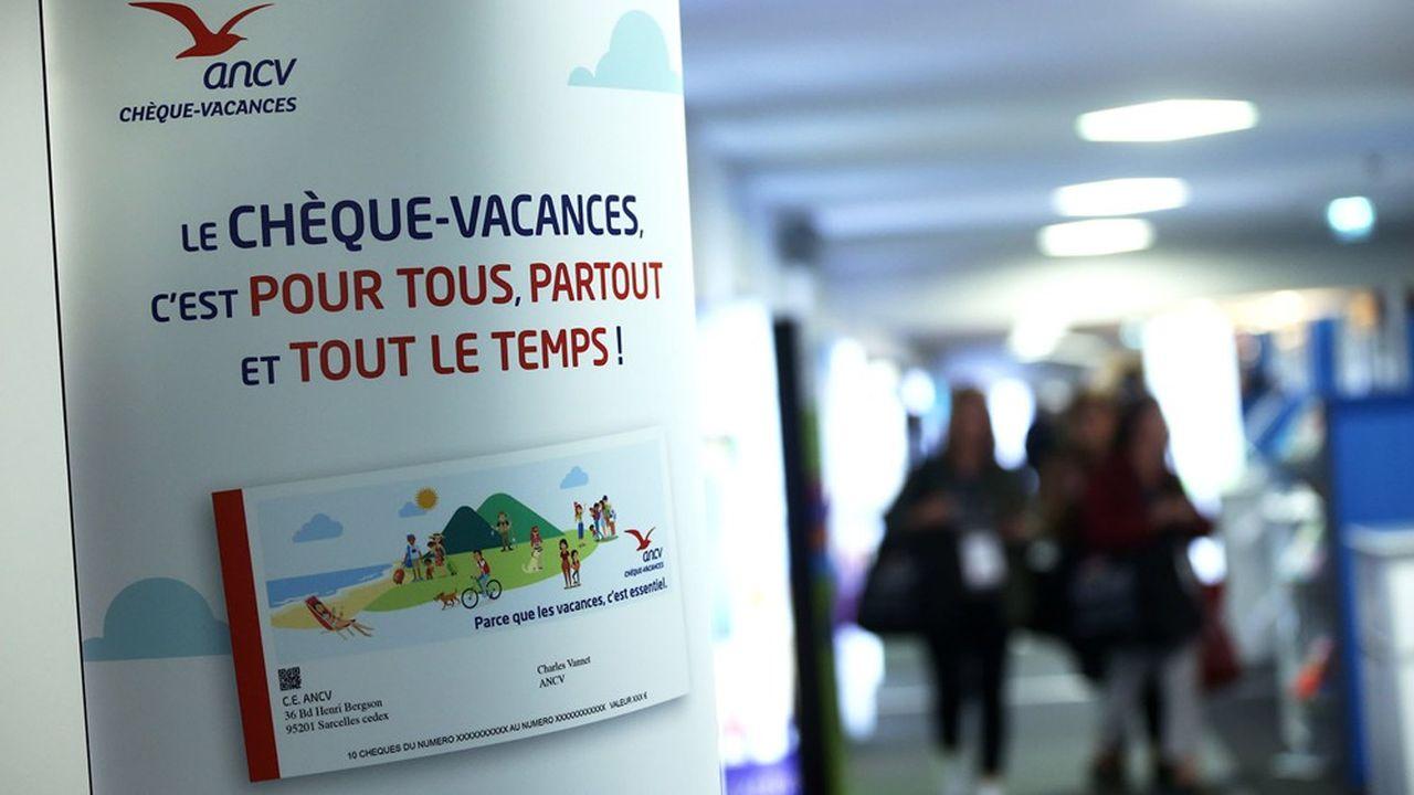 L'an dernier, le chèque-vacances comptait environ 4,5millions de bénéficiaires (10millions de personnes avec les familles), pour un volume d'émission de 1,67milliard d'euros, soit, avec l'effet levier, 5milliards d'euros de consommation touristique.