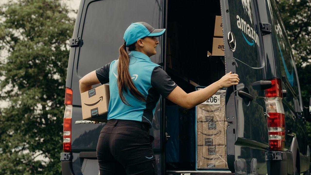 Livraison de colis à Seattle aux Etats-Unis. Au premier trimestre, le magasin en ligne d'Amazon a vu son chiffre d'affaires bondir de 24% sur un an.