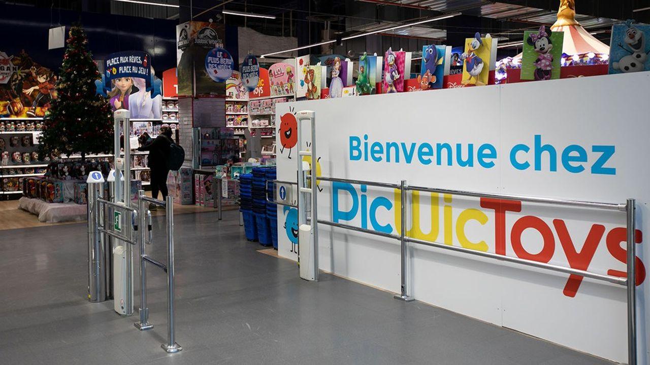 Lancée en 1977 par Stéphane Mulliez à Englos (Nord), l'enseigne Picwic, présidée par son fils Romain, a repris 44 des 53 magasins français de Toys'R Us il y a moins d'un an.