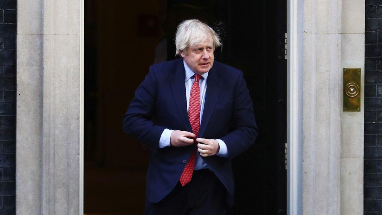 « La Grande-Bretagne ne cherche pas à entraver la montée de la Chine » dans le concert des nations, a assuré dans sa tribune Boris Johnson. «La Grande-Bretagne veut seulement que Hong Kong prospère dans le cadre (de la règle) 'un pays, deux systèmes'».