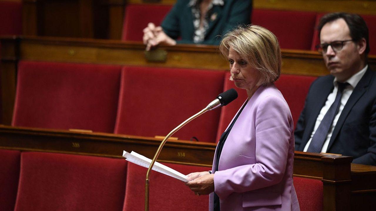 Brigitte Bourguignon dans l'hémicycle de l'Assemblée, le 12mai. La députée LREM présidera la commission d'enquête de l'Assemblée sur le coronavirus.