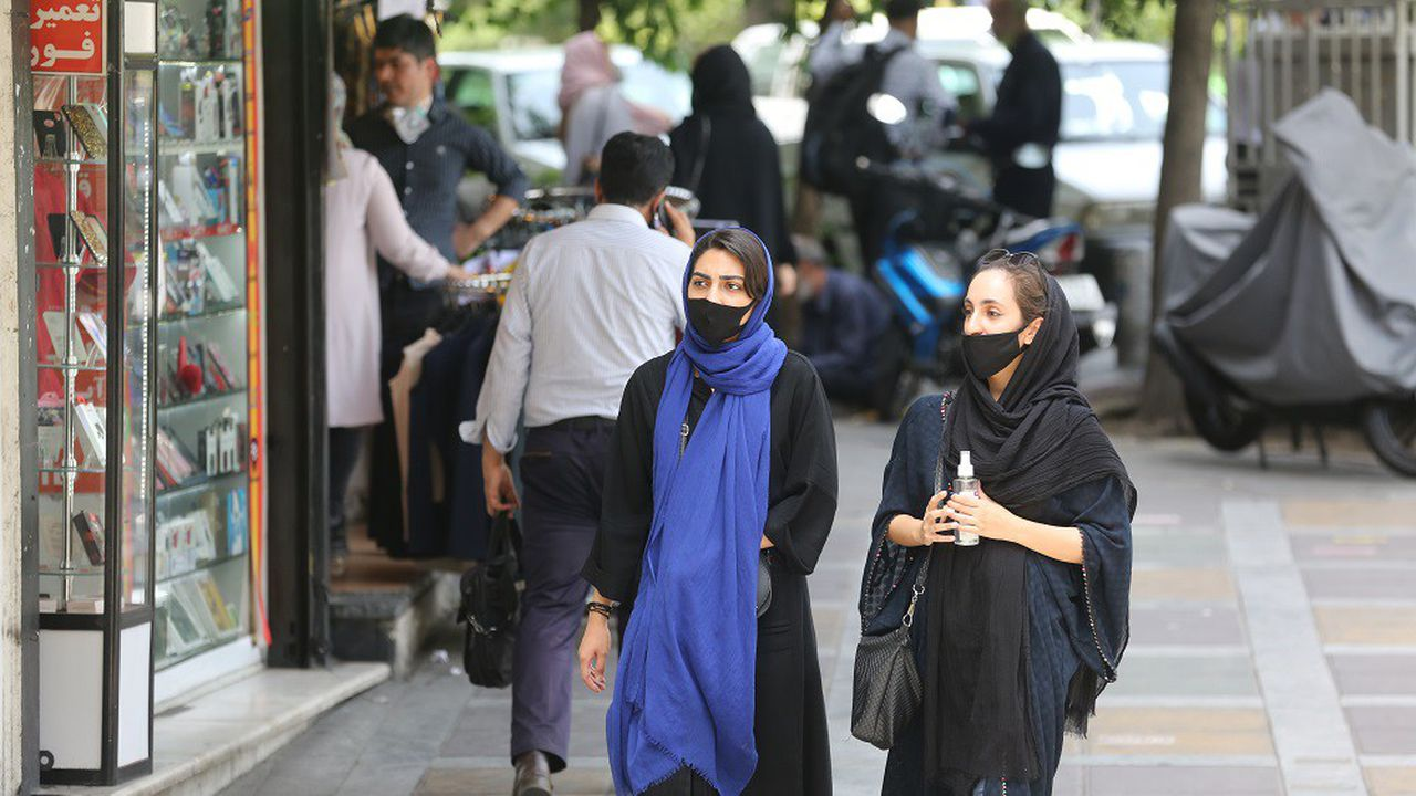 Les mesures de restrictions ont été levées dès le mois d'avril, redonnant aux Iraniens une vie quasi normale.