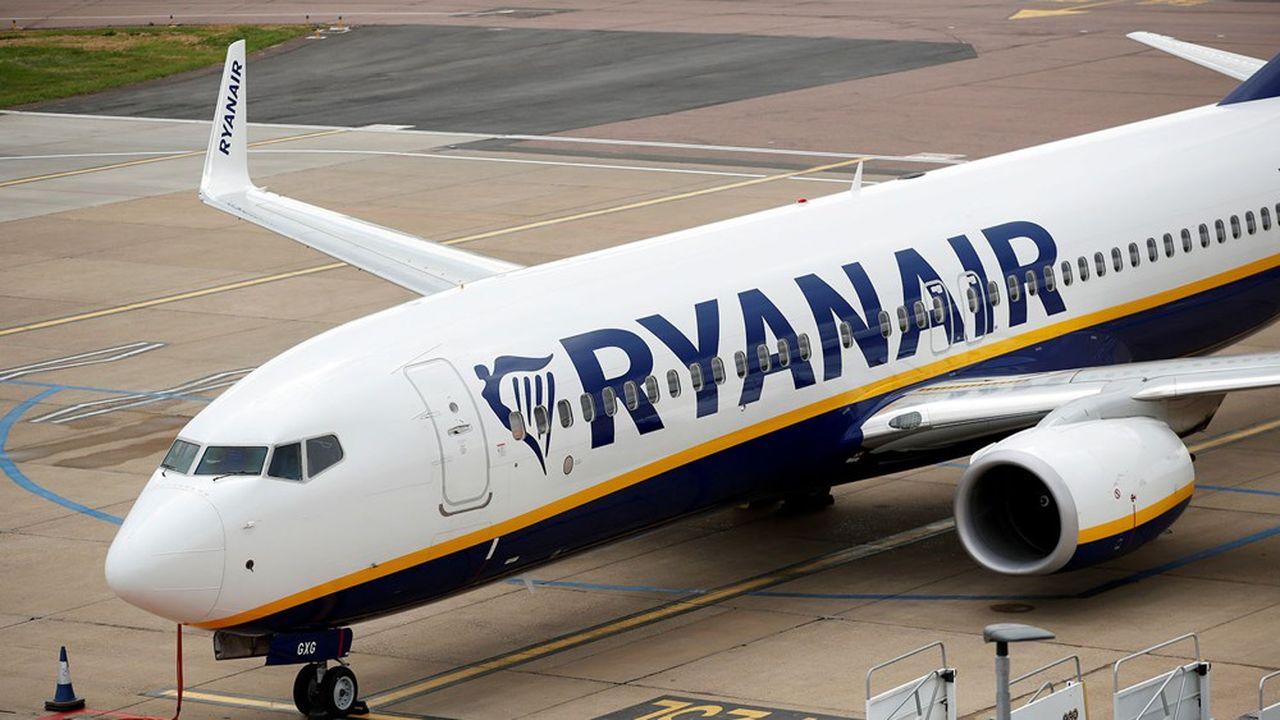 La compagnie Ryanair veut baisser les salaires de ses pilotes et personnels navigants pour faire face à la crise du coronavirus.