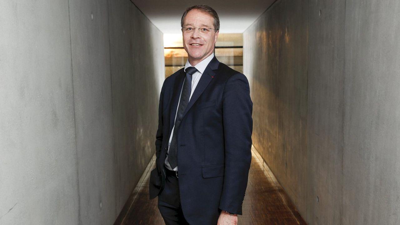 François Asselin dit «saluer la gestion économique de la crise par le gouvernement»