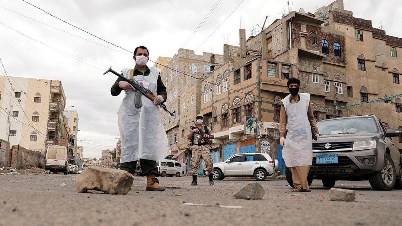 Les divers combattants yéménites doivent se prémunir contre le Covid-19 en sus des bombardements et des tirs ennemis