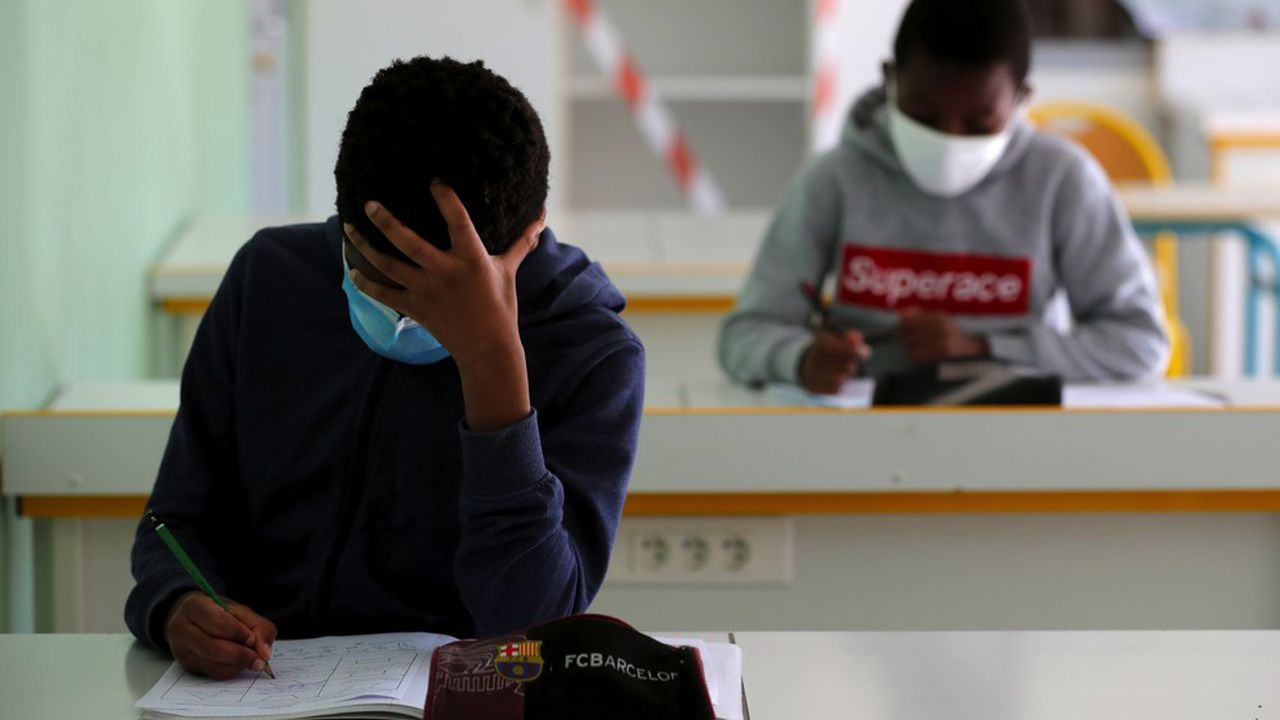 Les enfants seraient deux à cinq fois moins porteurs du virus que les adultes, selon une étude publiée ce matin.