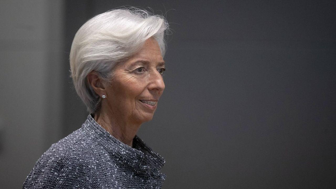La BCE s'attend à une baisse de 8,7% du PIB de la zone euro en 2020, avant un rebond de 5,2% en 2021 et de 3,3% en 2022.