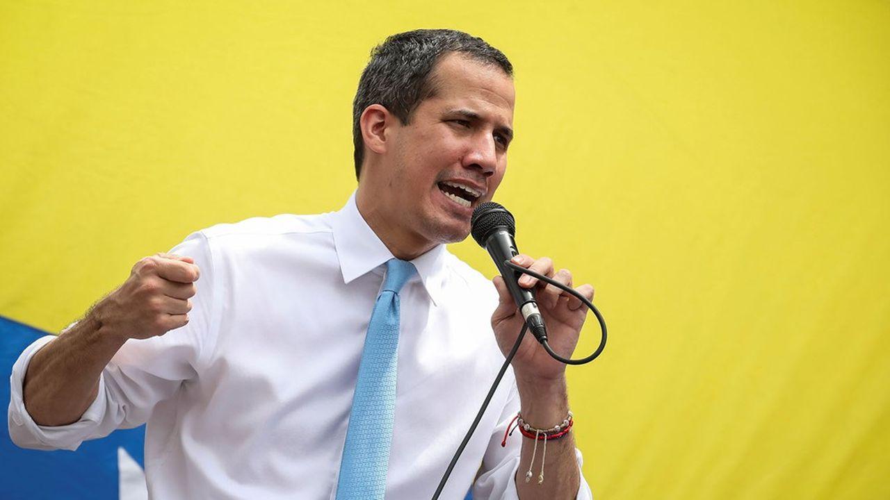 Juan Guaido, président de l'assemblée nationale du Venezuela, est reconnu comme président par intérim par une cinquantaine de pays.