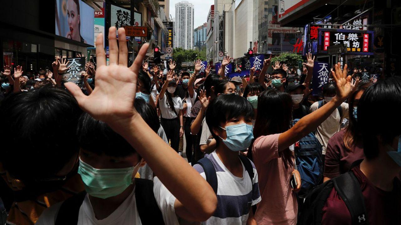 Après exactement un an de manifestations émaillées de violences, Pékin est déterminé à reprendre la main sur sa «région administration spéciale».