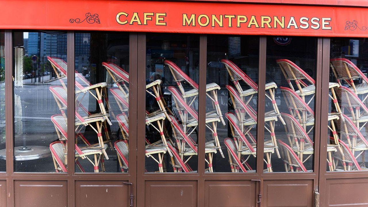 Tout au long du mois d'avril, les restaurants et les cafés sont restés porte close en France.