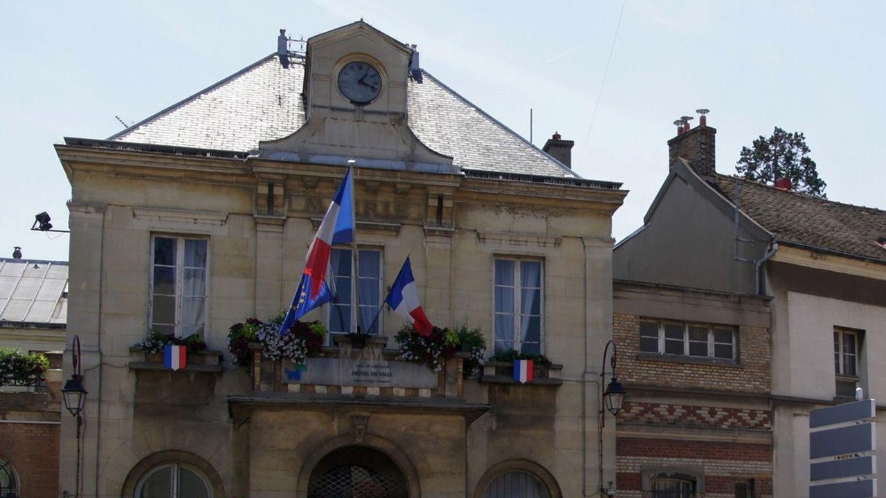 La mairie de Châtillon.