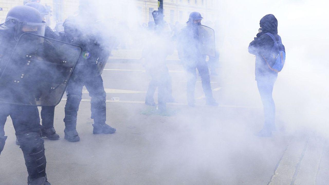 Les violences liées aux manifestations des «gilets jaunes» expliquent une grande part des enquêtes menées par la police des polices en 2019.