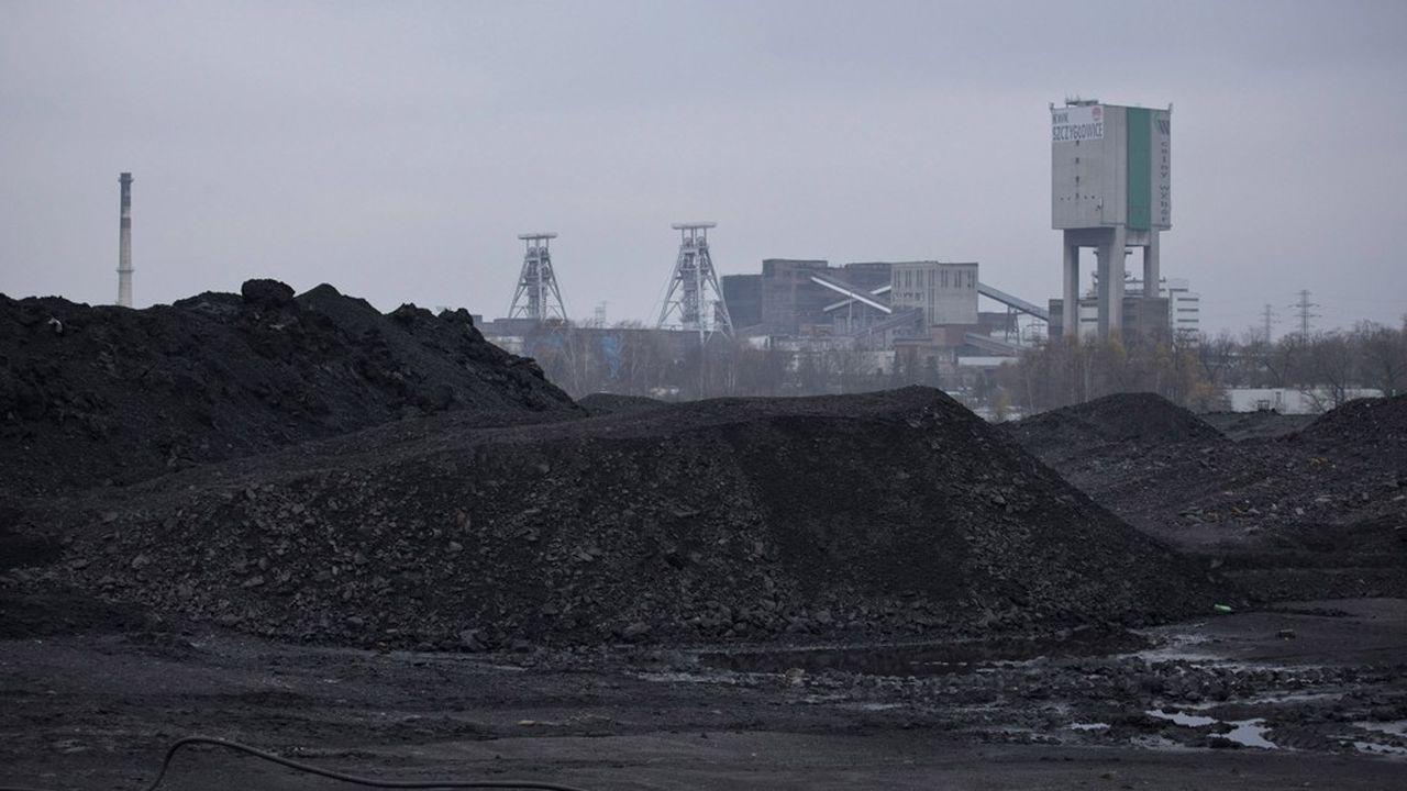 Selon la presse polonaise, les mineurs des trois plus grosses compagnies représentent pas moins d'un cinquième du total des cas enregistrés dans le pays, soit 4.800 sur 26.000.