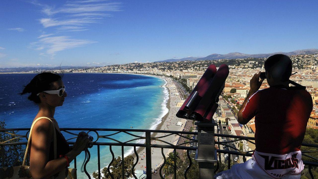 La mer continue à faire rêver les Français. 54% veulent s'y rendre, contre 24% visant la campagne, 12% la montagne et 9% les villes.