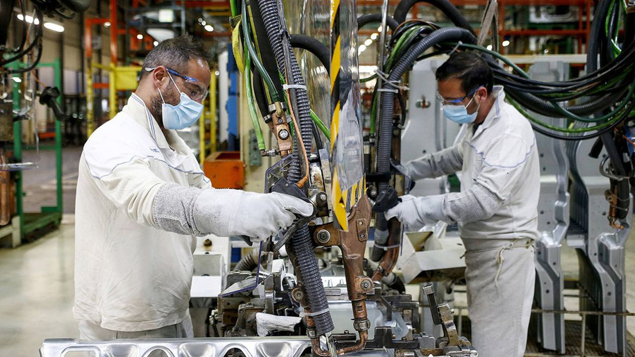 A Atessa (Italie), la coentreprise de PSA et Fiat-Chrysler fabrique jusqu'à 1.200 véhicules par jour, Fiat Ducato, Peugeot Boxer ou Citroën Jumper.