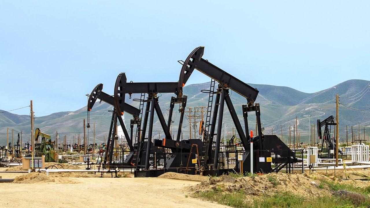 L'effondrement du pétrole a provoqué une chute disproportionnée des indices de matières premières.