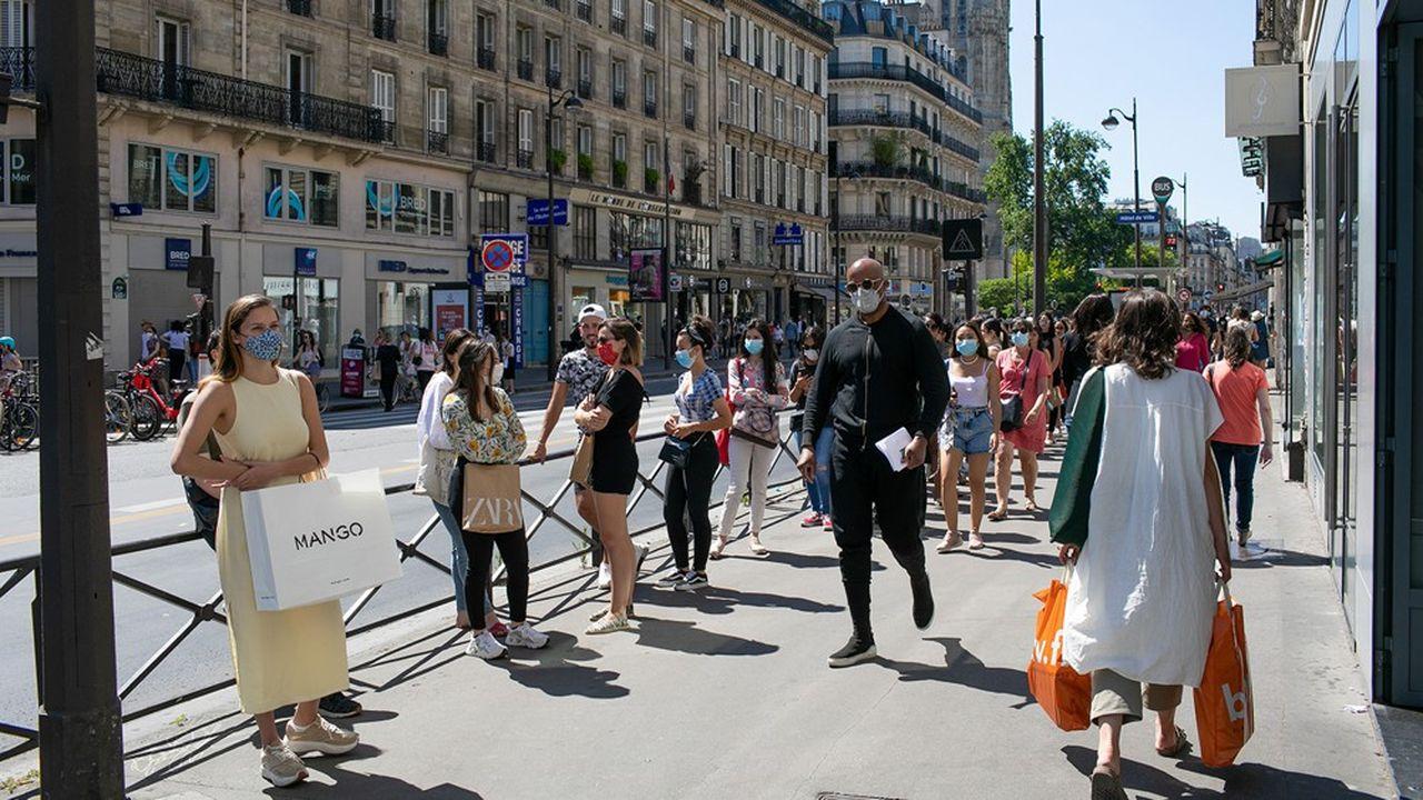 La Banque de France anticipe un recul du PIB de l'ordre de 10% cette année.