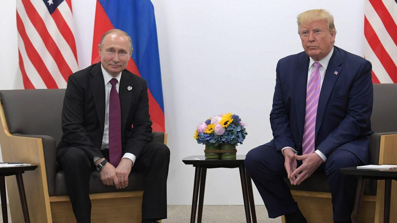 En marge d'un G20, les présidents russe Vladimir Poutine et américain Donald Trump se sont retrouvés le 28juin 2019 à Osaka pour un entretien en tête-à-tête. Depuis le fossé entre Russes et Américains n'a cessé de se creuser.