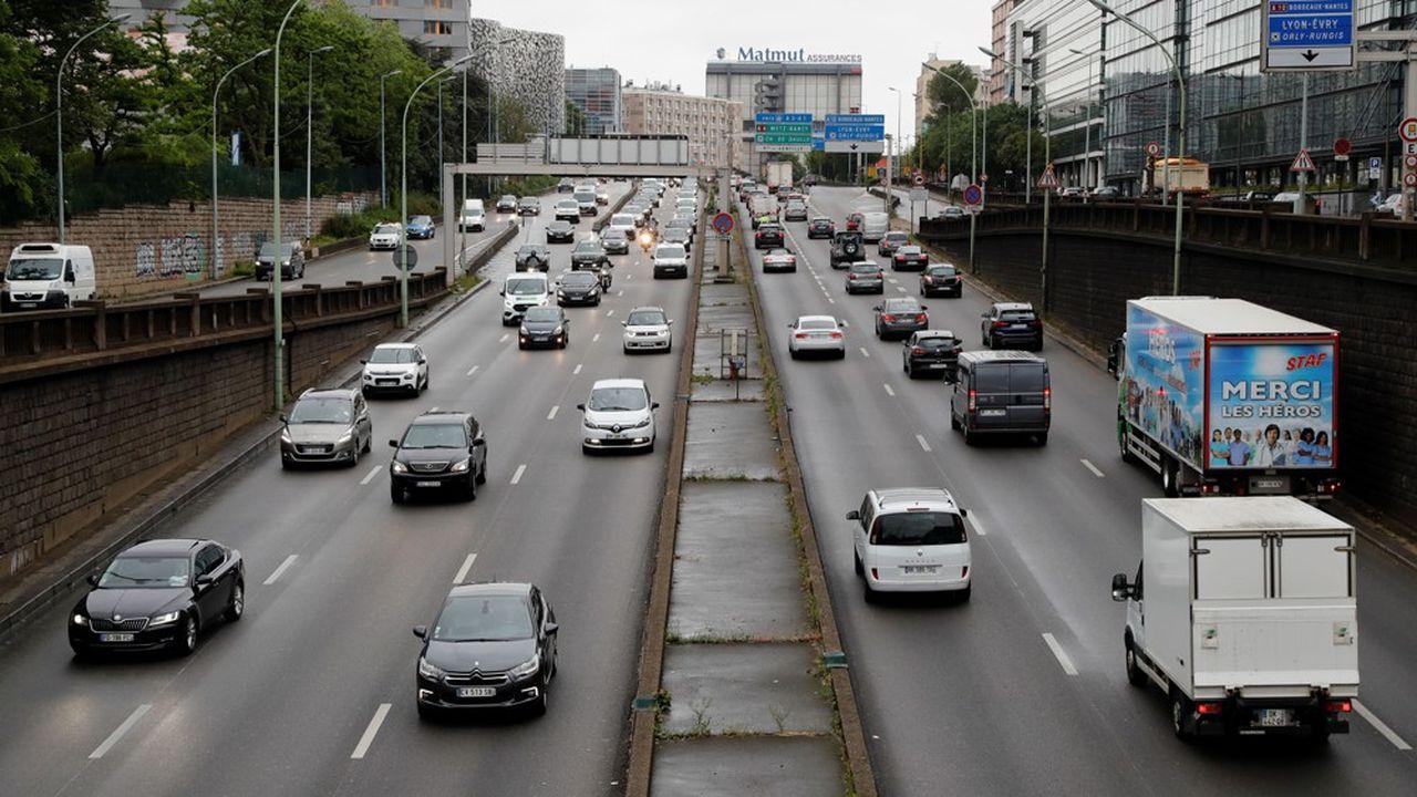 Sur le périphérique parisien, les émissions d'oxyde d'azote sont revenues à des niveaux équivalents à 90% des émissions observées avant le confinement.