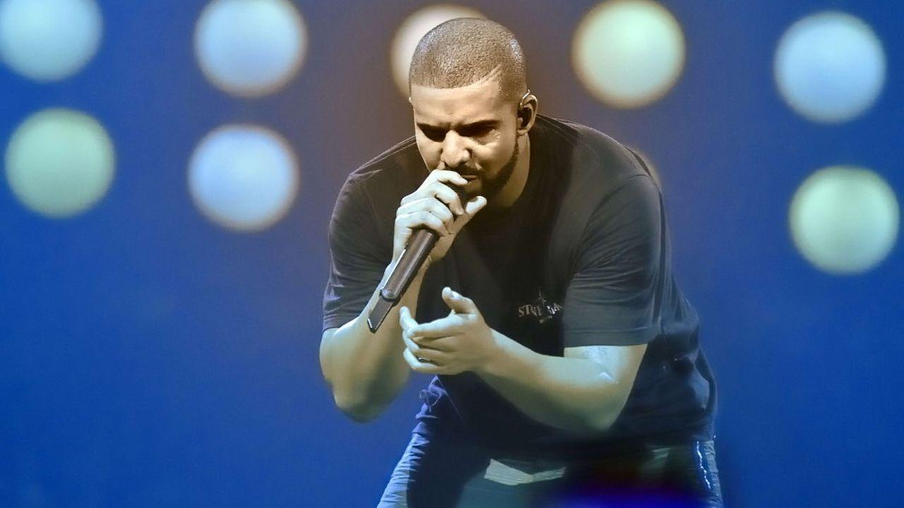 Des rappeurs comme Tyler The Creator ou Drake se sont indignés de voir leur morceau figurer aux Grammy dans une catégorie rap ou urbaine plutôt qu'une catégorie plus large comme pop.
