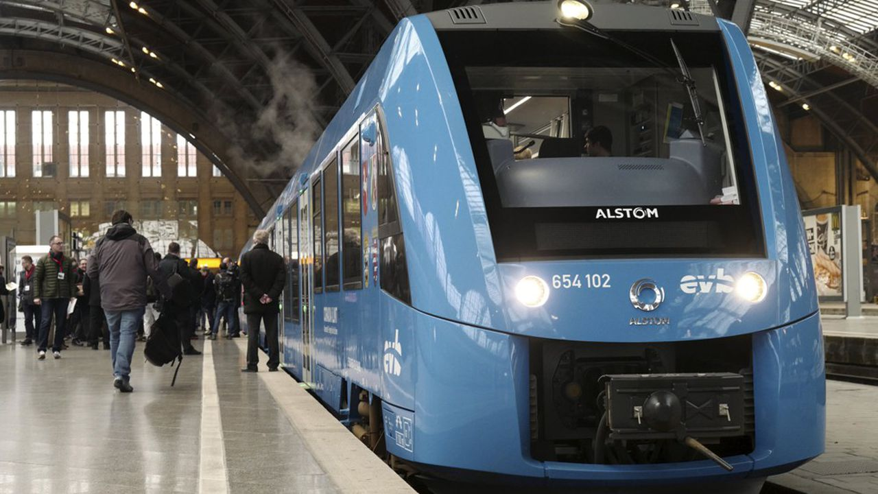 Le train à hydrogène d'Alstom dans la gare de Leipzig en février2019.
