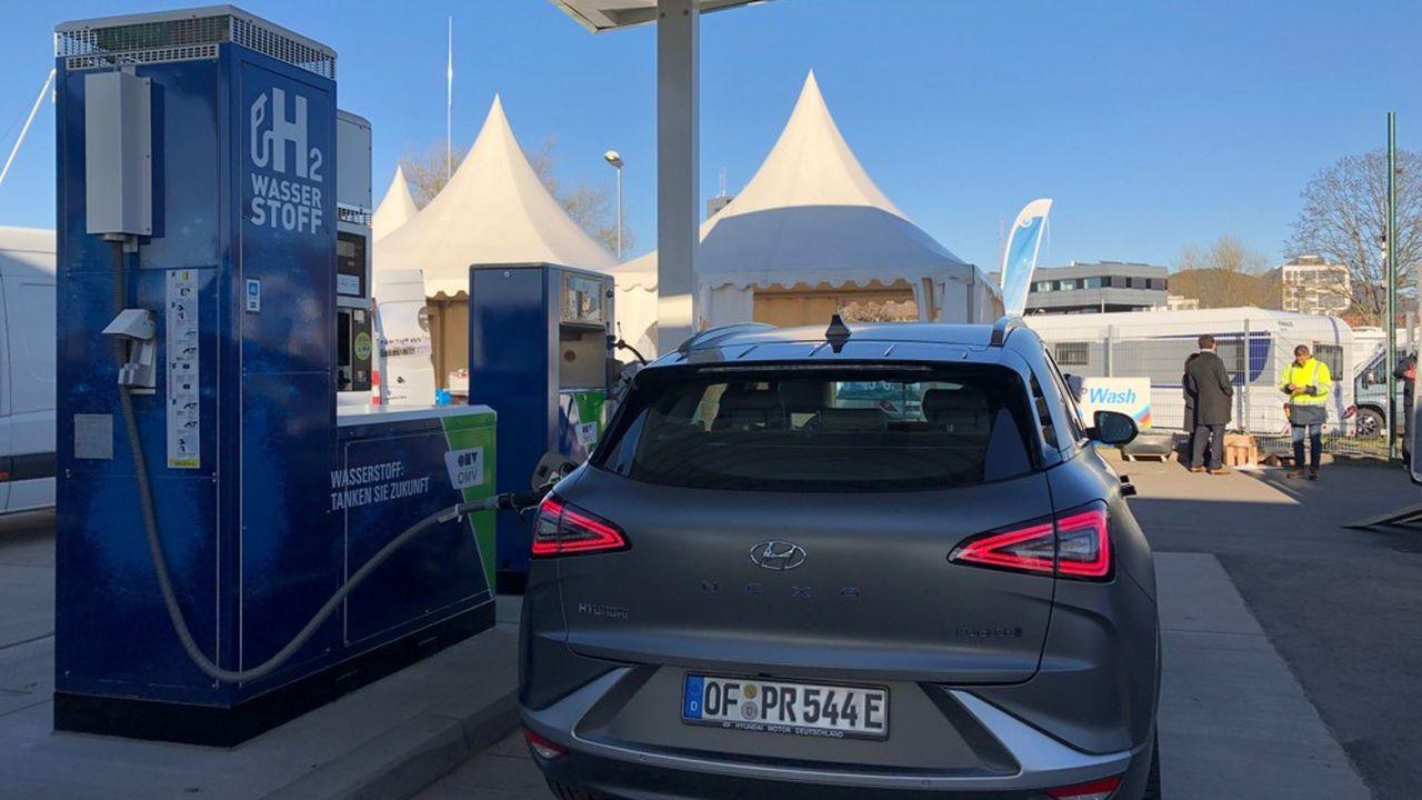 Chaque station de rechargement en hydrogène représente un investissement de 1,5million d'euros environ, financé à plus de 60% par l'Etat.