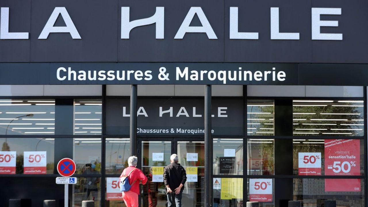 Les offres de reprises de magasins La Halle sont aujourd'hui de 25. Elles portent sur 607 magasins sur 830.
