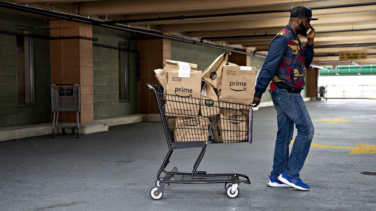 À Washington, le 31 mars dernier. En une semaine de confinement, les commandes d'épicerie via Amazon Prime se sont envolées.
