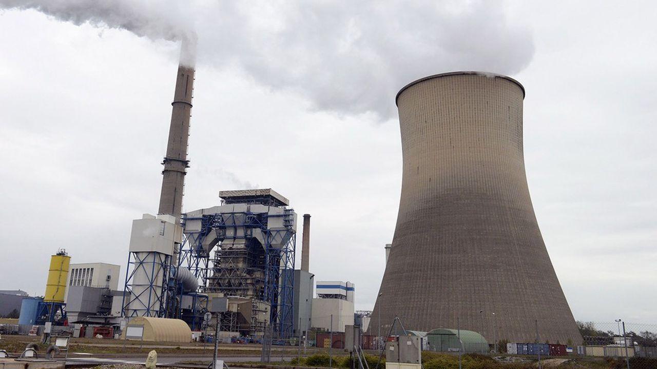 Total est en train d'acquérir la centrale à gaz de Saint-Avold (Moselle), cédée par l'allemand Uniper.