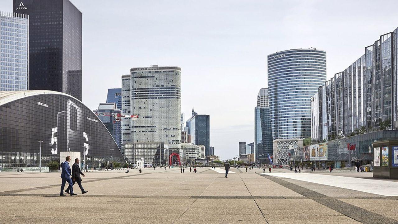 Avec 3,6millions de mètres carrés, La Défense est le premier pôle de bureaux en Europe.